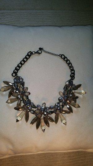 Statement-Halskette mit Eiskristall-Design