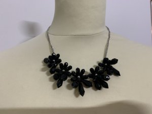 Statement Necklace black-silver-colored