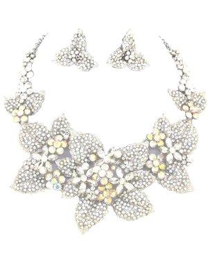 Collar estilo collier color plata vidrio