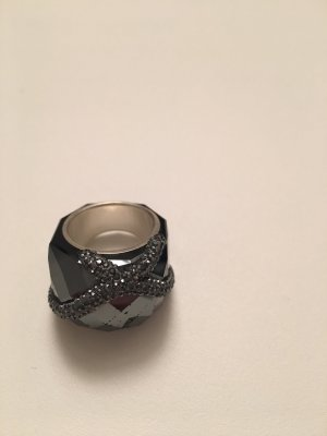 Statement Piece / SWAROVSKI Ring