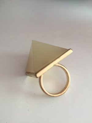 Statement Ring beige eckig