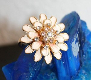 Statement Ring Flower gr.18,1 Strass Blume Rosa Rosé