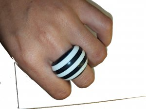 Statement Ring gestreift