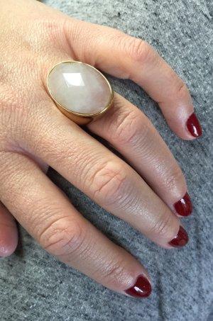 Statement Ring mit Rosenquartz-Stein von Pilgrim