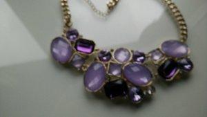 Necklace dark violet-purple