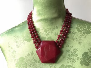 Collier Necklace dark red-carmine