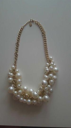 Statementkette mit großen und kleinen Perlen