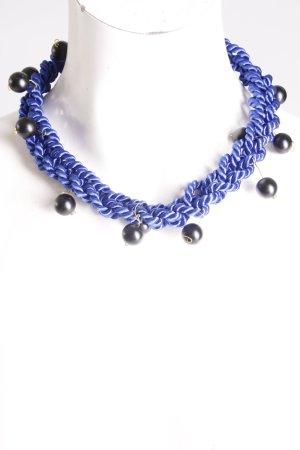 Collar de perlas azul-negro