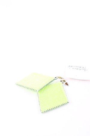 Statement oorbellen wit-neon groen extravagante stijl