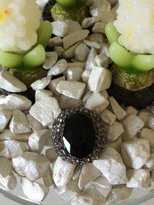 Statementring anthrazit mit schwarzem Stein von Zara