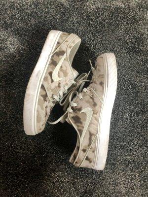 Stefan Janoski für Nike, Sneaker, Turnschuhe, Military, Camouflage