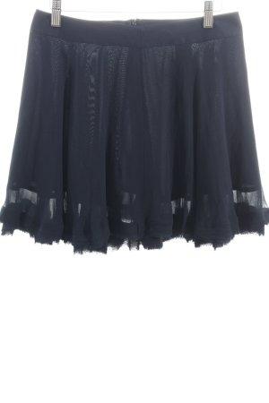 Stefanel Glockenrock dunkelblau Street-Fashion-Look