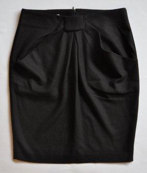 Stefanel Rock mit raffinierter Faltenlegung Wolle schwarz Gr. 38 WIE NEU