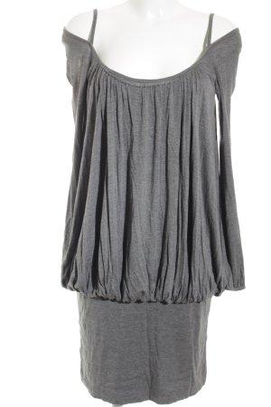 Stefanel Sweatkleid grau Street-Fashion-Look