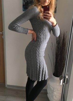 Stefanen Kleid