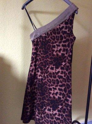 Steffen schraut Leoparden Kleid