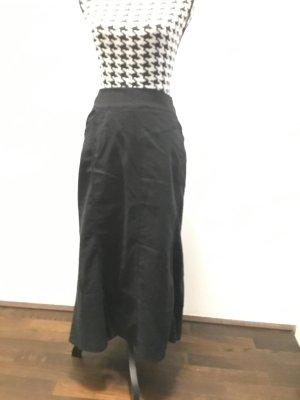 Steilmann langer schwarzer ausgestellter Rock mit 2 Taschen, schwarz, Gr. 46, wie Neu