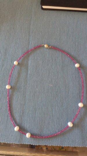 Steinkette mit Perle