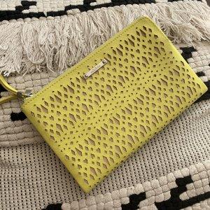 Stella & Dot Bolso de mano amarillo-beige
