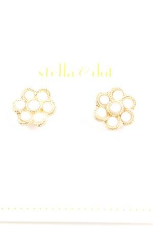 Stella & Dot Zarcillo color oro-blanco estampado floral estilo romántico