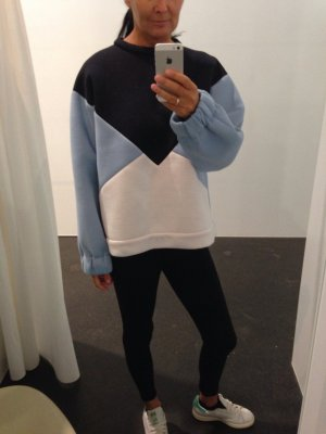 Stella McCartney Neopren Sweater #fashion #blogger #stellamccartney