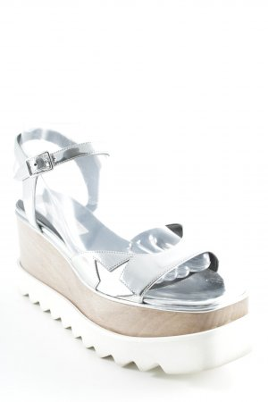 Stella McCartney Plateau-Sandalen mehrfarbig Street-Fashion-Look