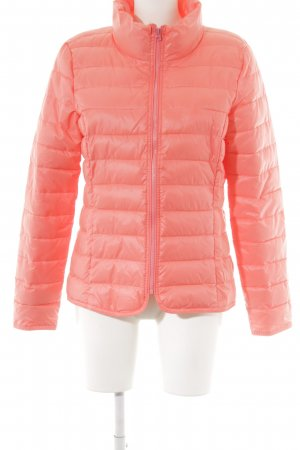 Quilted Jacket neon pink quilting pattern street-fashion look