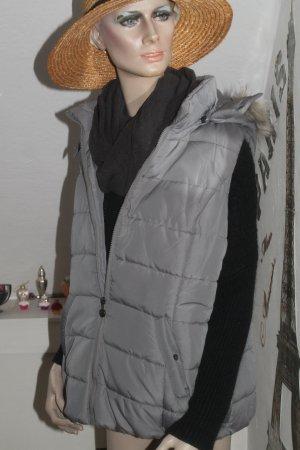 Steppweste mit abnehmbarer Kapuze * Pelzrand * Größe L * nie getragen *