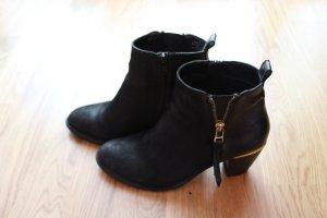 Steve Madden Ankle Boots in schwarz mit gold