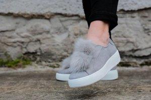 Steve Madden Bryanne Fell Sneaker Bommel Puschel Fake Fur Leder grau 37 37,5 38 Slipper Blogger