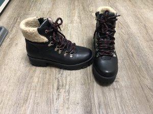 Steve Madden Modell Broadway Hiker Boots Schnürstiefeletten echt Leder Gr. 38 Np 149€