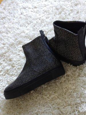 Attilio giusti leombruni Short Boots black-white leather