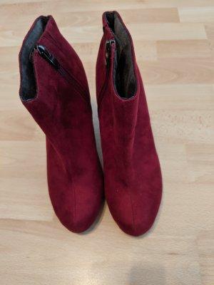 Tamaris Buskins dark red