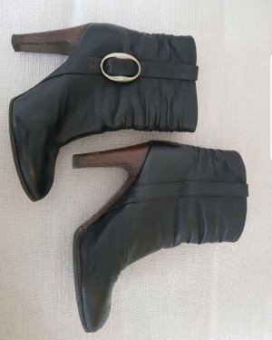 Hugo Boss Korte laarzen zwart-bruin