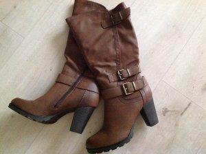 Stiefel auch für festere Waden - Schaft verstellbar! Neu