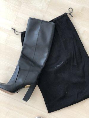 Stiefel aus der Calvin Klein Collection