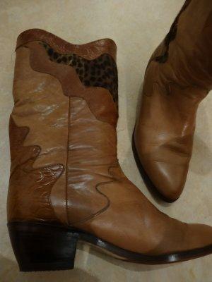 Stiefel aus exquisitem Leder