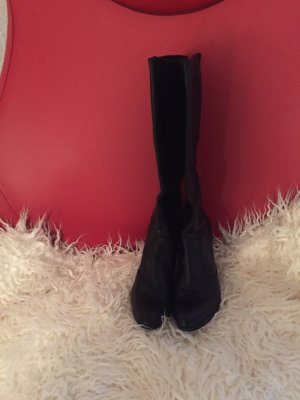 Madeleine Platform Boots black leather