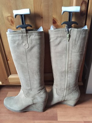 Stiefel aus Wildleder mit Keilabsatz, beige, von Görtz17, Grösse 40