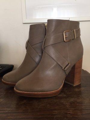H&M Schuhe Damen, Stiefeletten mit Absatz NEU! Gr 37