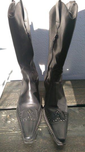 Boots western noir