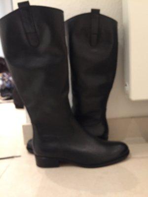 Stiefel Gabor klassisch mit sehr schmalem Schaft neu und ungetragen