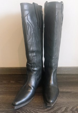 Givenchy Western Boots black leather