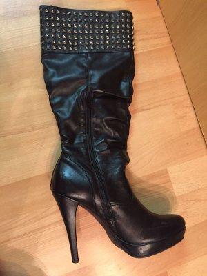 Stiefel in Schwarz, Größe 41