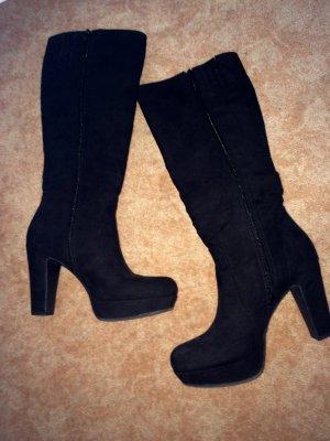 Stiefel in schwarz Wildlederoptik