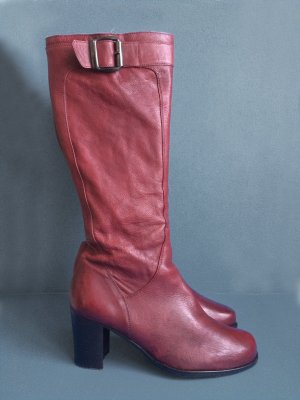 0039 Italy Heel Boots carmine leather