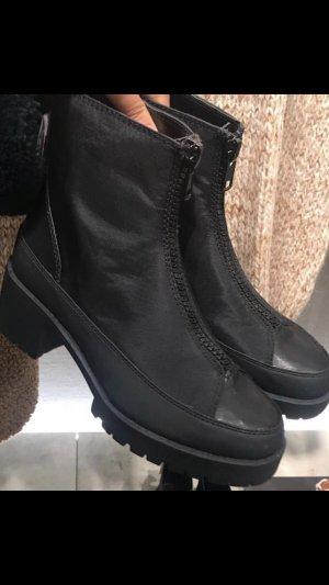 Mango Korte laarzen zwart