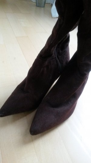 Stiefel mit Absatz braun