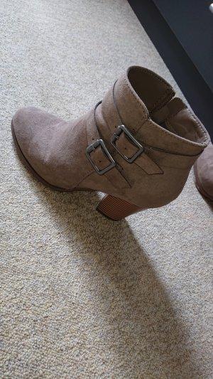 Heel Boots grey brown
