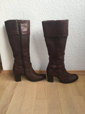 Stiefel mit Absatz von Tamaris, Gr. 38, braun